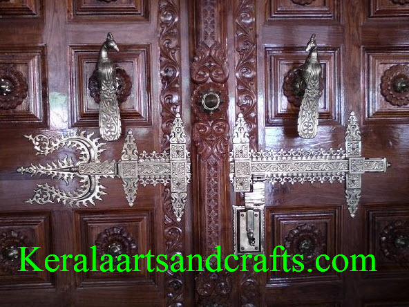 Door Design With Manichitrathazhu LockManichitrathazhu Lock